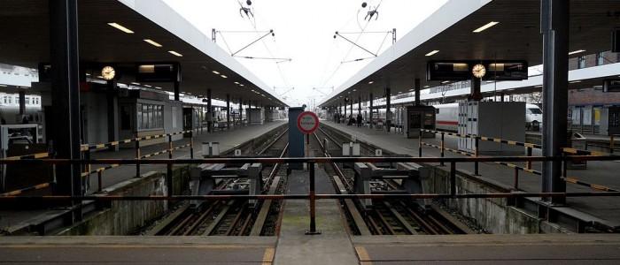 Hamburg - Bahnhof Altona - Fernbahnsteige